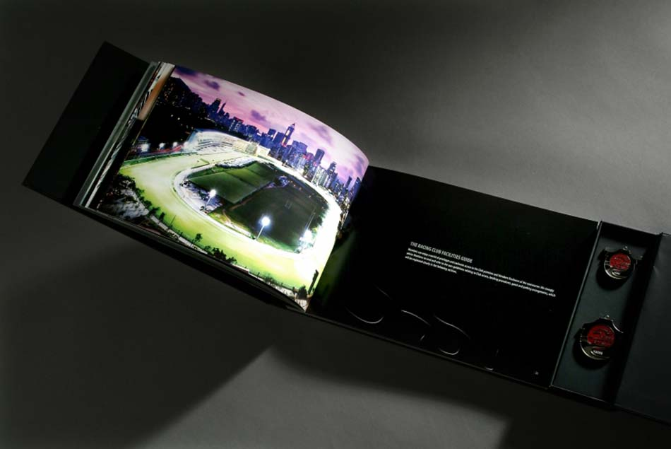 GRAPHIC DESIGN MEMBER CLUB BROCHURE